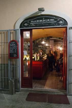 Good Drinks Pisa studens Craft Beer places to go what to do in Pisa Bar in Pisa