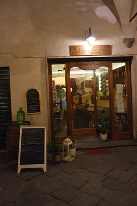Essen und Trinken Tipps Pisa regional typisch