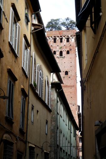 Torre Giunigi Lucca Reisebericht Tipps lohnt sich eine Reise nach Lucca Tagesausflüge von Florenz in die Toskana