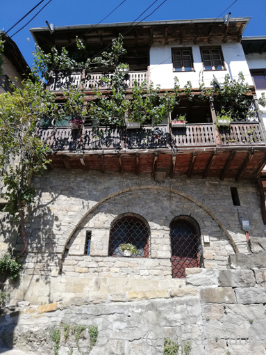Veliko Tarnovo Altstadt typische Häuser osmanische Architektur ulitsa Gurka Befreieung Bulgariens 1878